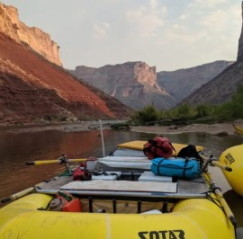Oar Rig for Rowing the Grand Canyon